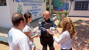 Venezuelan Police Officer SavesLives