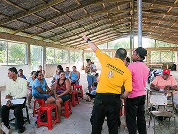 Costa Ricas Frivillige Hjælpere besvarernødråbet
