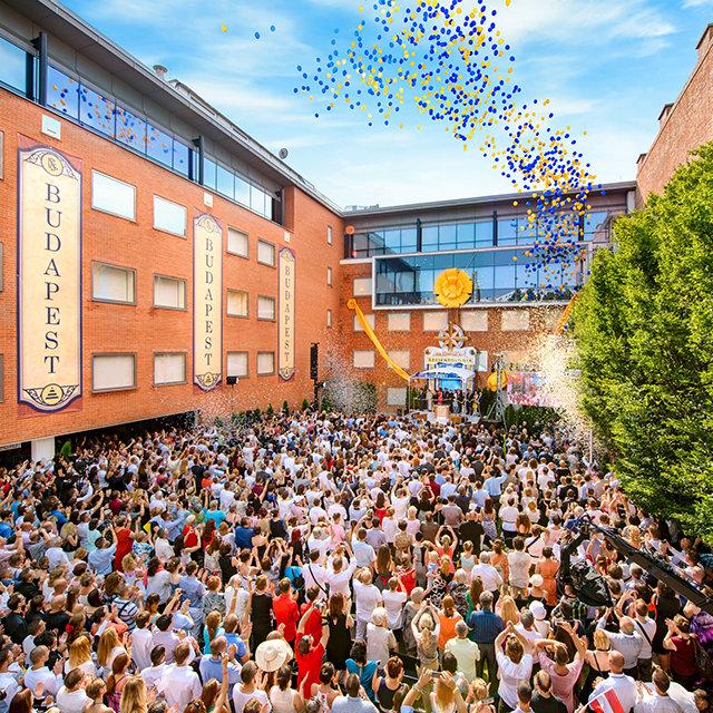 Gran Inauguración de la Iglesia de Scientology en Budapest, Hungría