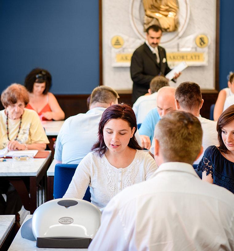 Scientologen wonen lessen bij